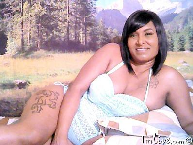 Hottest nude tattooed girl